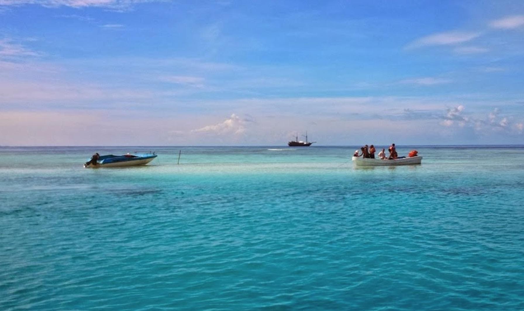 5D4N Wayag - Piaynemo Raja Ampat