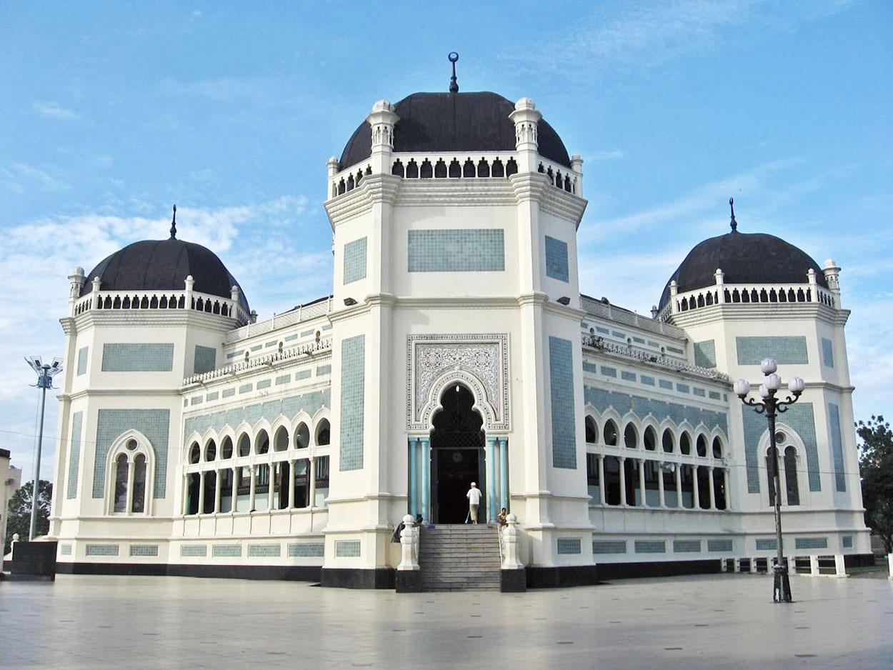 Medan-Masjid Agung Al Mashun